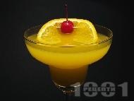 Коктейл Разцъфнало Дайкири (Daiquiri Blossom) с бял ром, портокалов сок, ликьор Мараскино и гренадин
